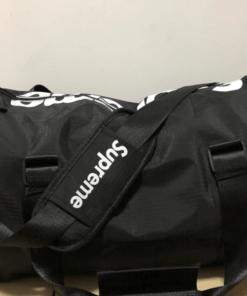 Supreme odlicna torba za teretanu ili za put dve boje